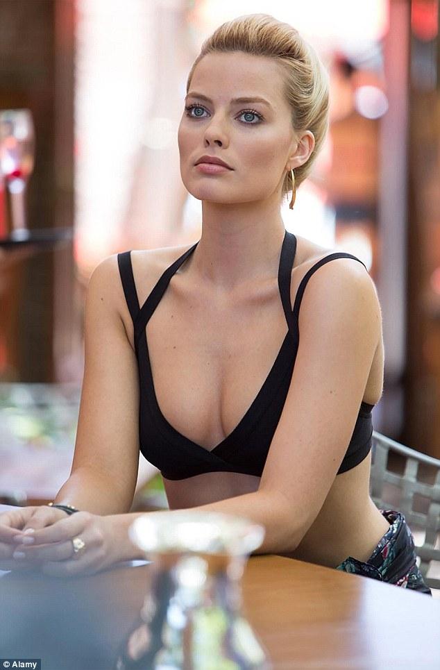 Margot Robbie to play Barbie Doll Movie
